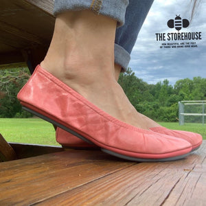 The Storehouse Flats Special Edition: Coral Oil Tanned