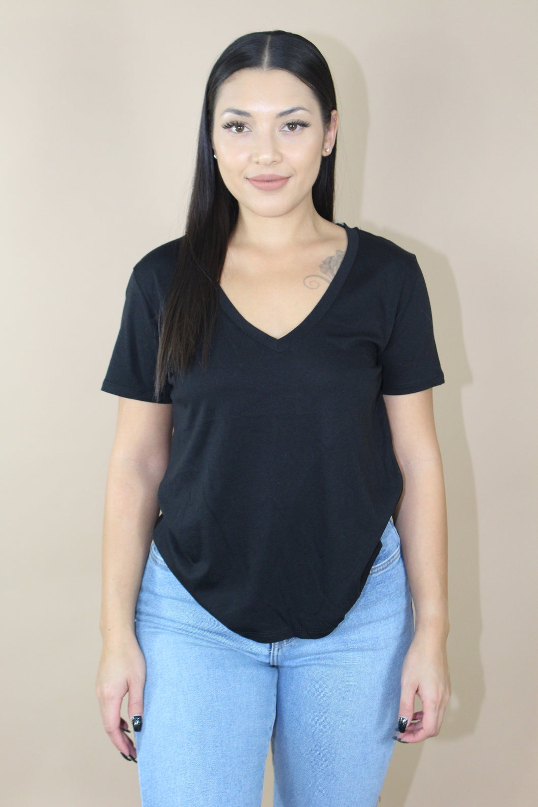 Alex Basic V-Neck Tee (Black)