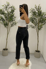 Load image into Gallery viewer, Brianne Mom Jeans (Black)