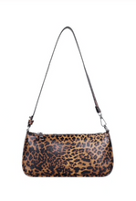 Load image into Gallery viewer, Zola Bag (Leopard)