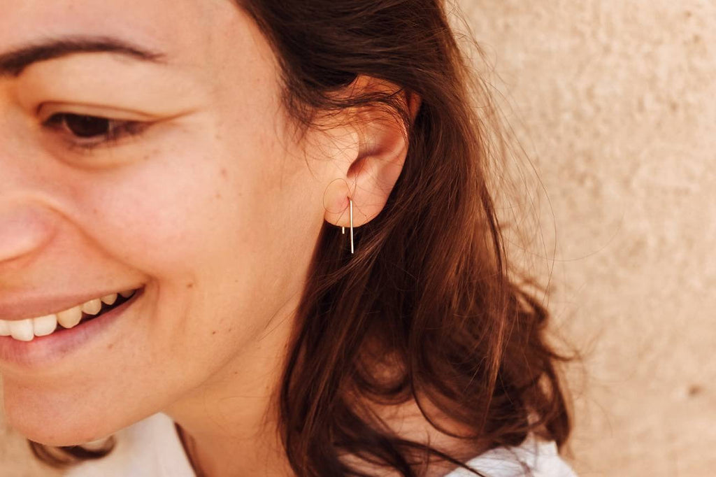 STAPLE WIRE EARRINGS