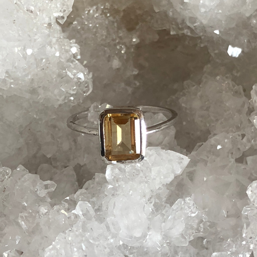 Ring✖️Citrine ✖️Sterling Silver✖️Good vibes