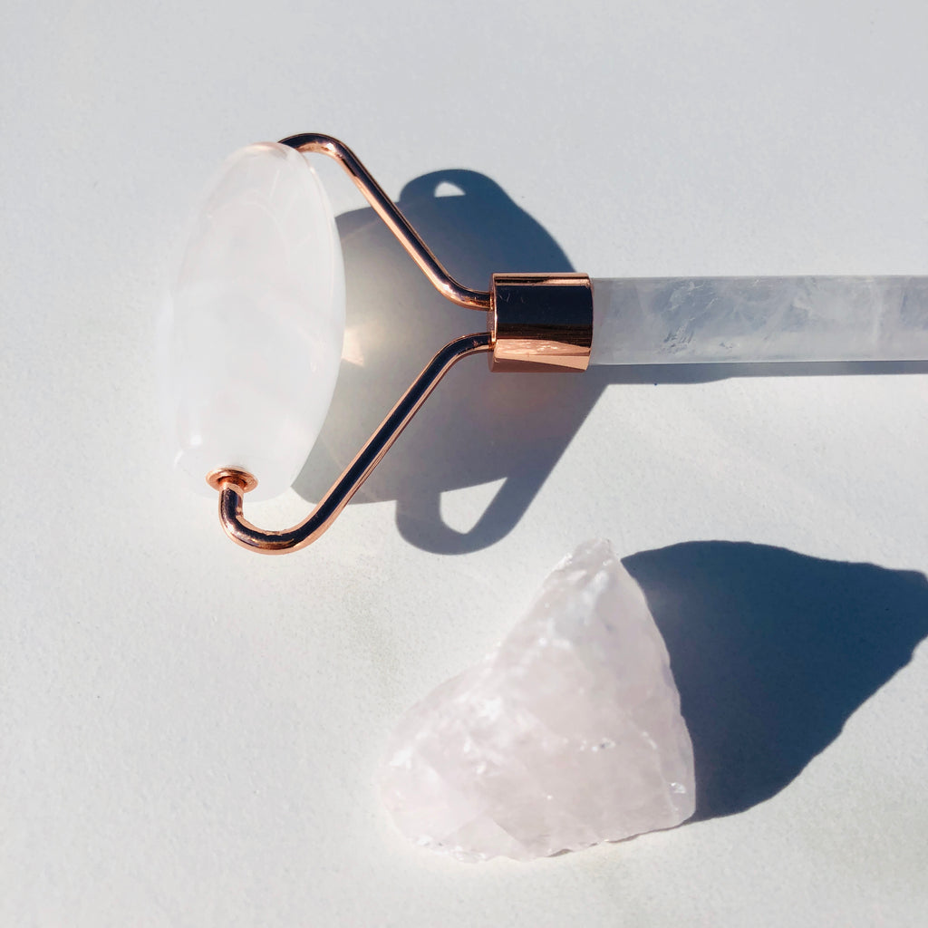 Facial Roller X Clear Quartz X Rose Gold