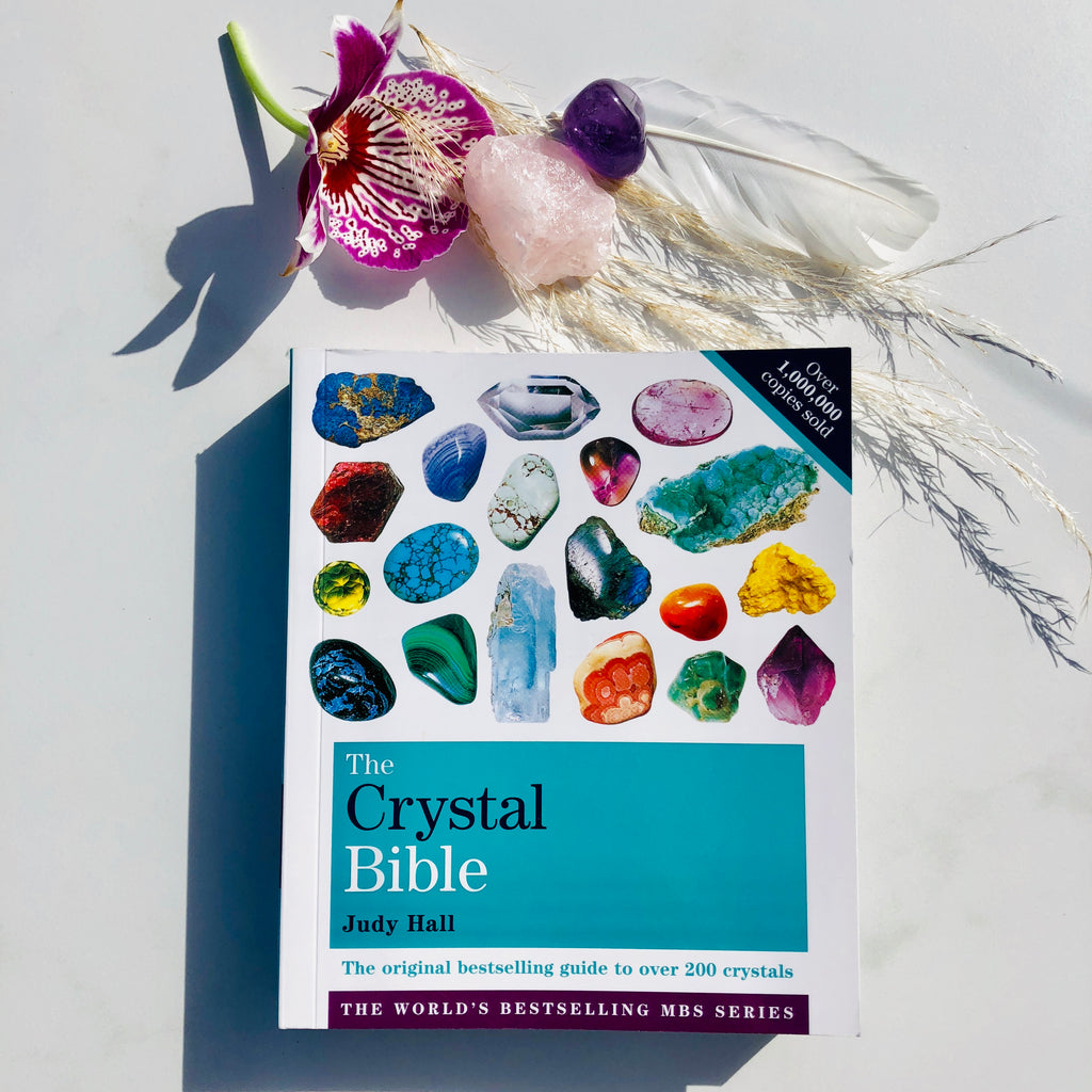 Books ✖️The Crystal Bible Volume 1