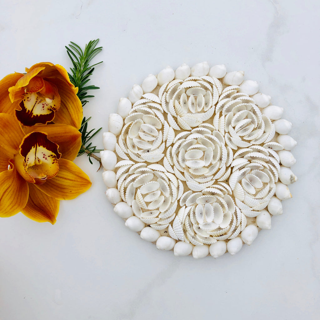 Shell decorative piece