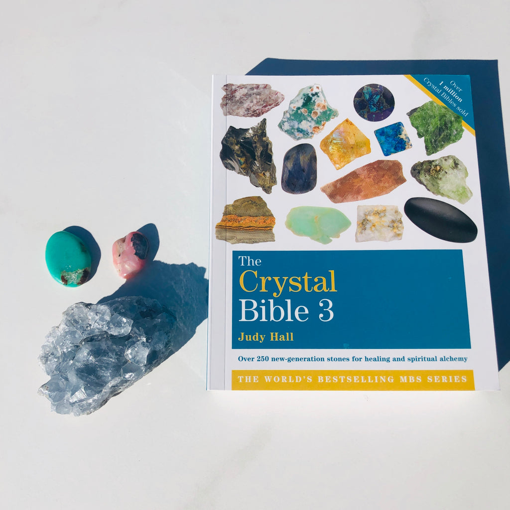 Books ✖️ The Crystal Bible Volume 3