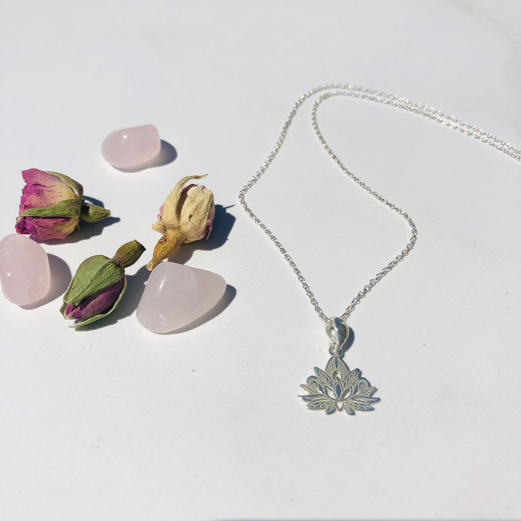 Necklace x Lotus x Sterling silver x