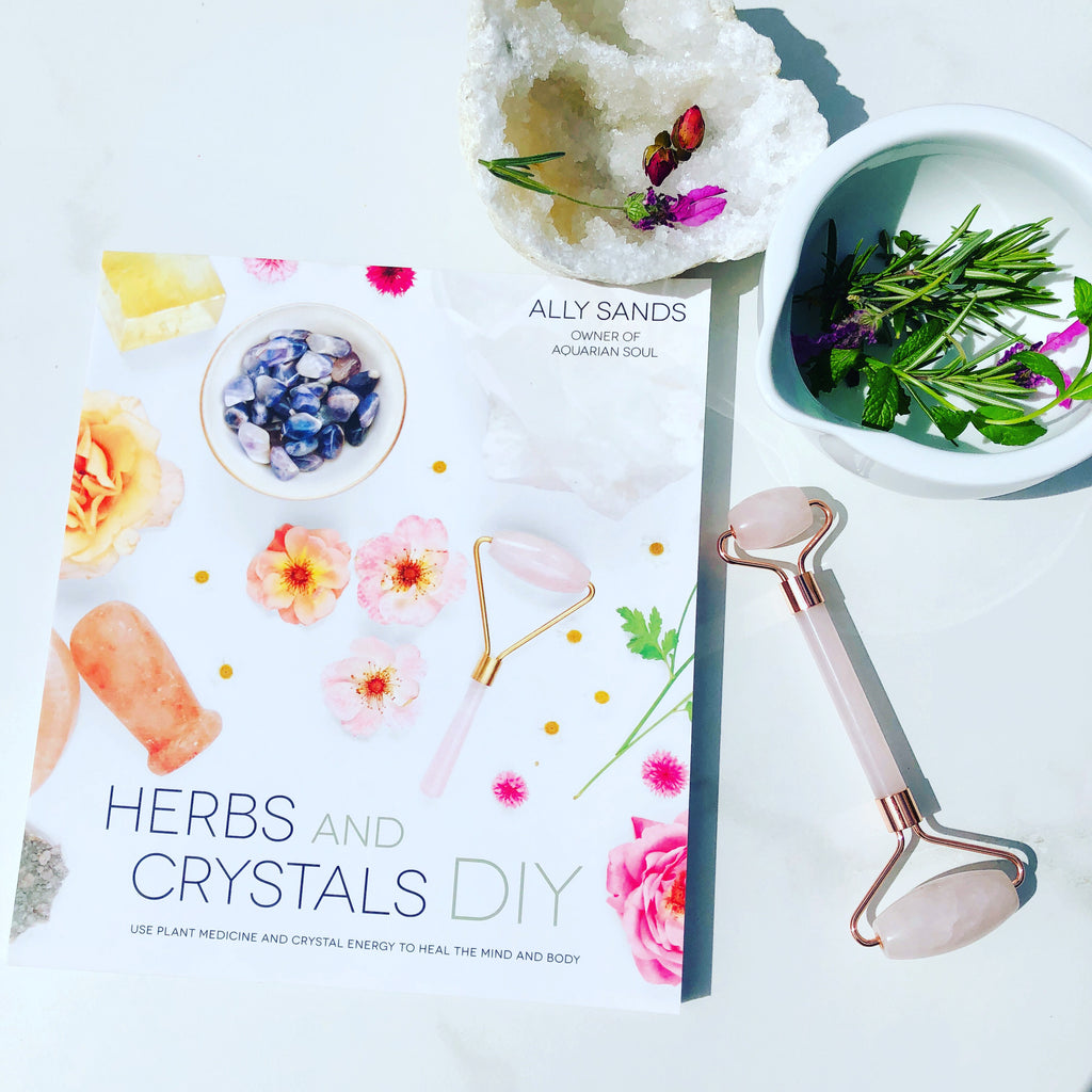 Book X HERBS & CRYSTALS X DIY