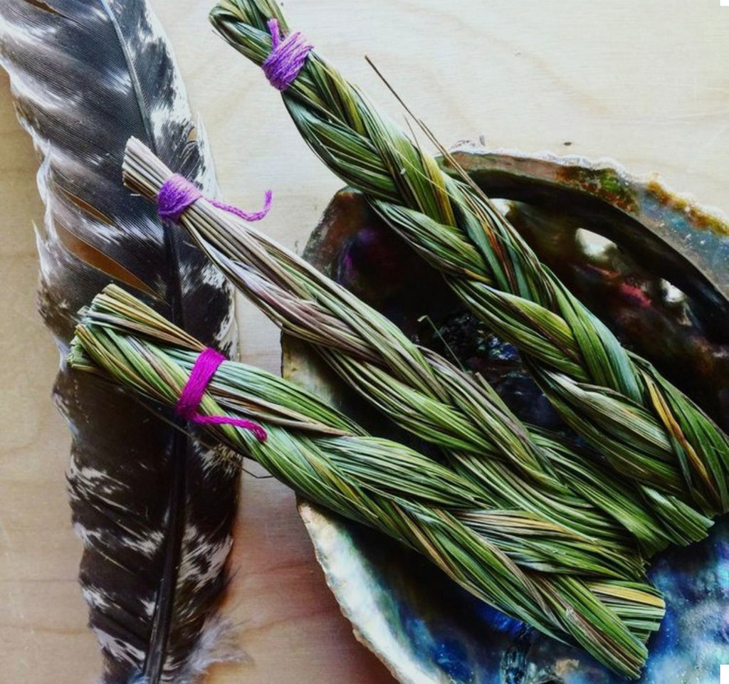 Smudging x Sweet Grass x Small
