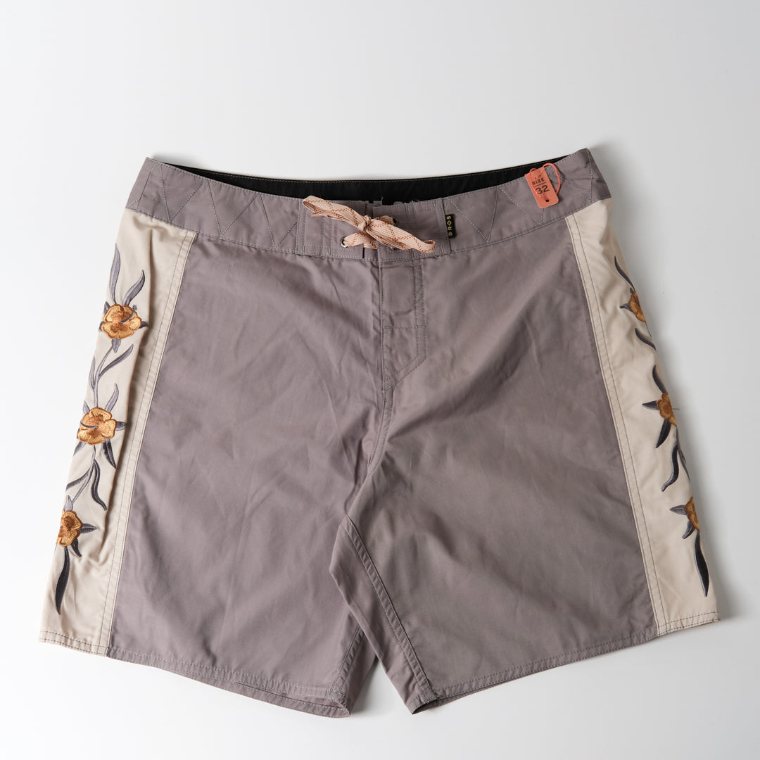 Crosscut Deluxe Boardshorts | Anvil Grey | Howler Brothers