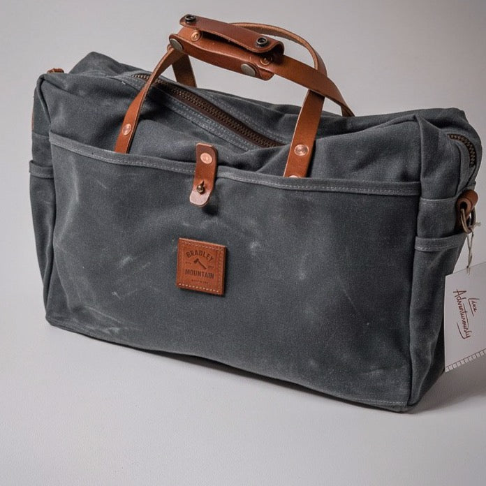 Courier Briefcase | Charcoal | Bradley Mountain