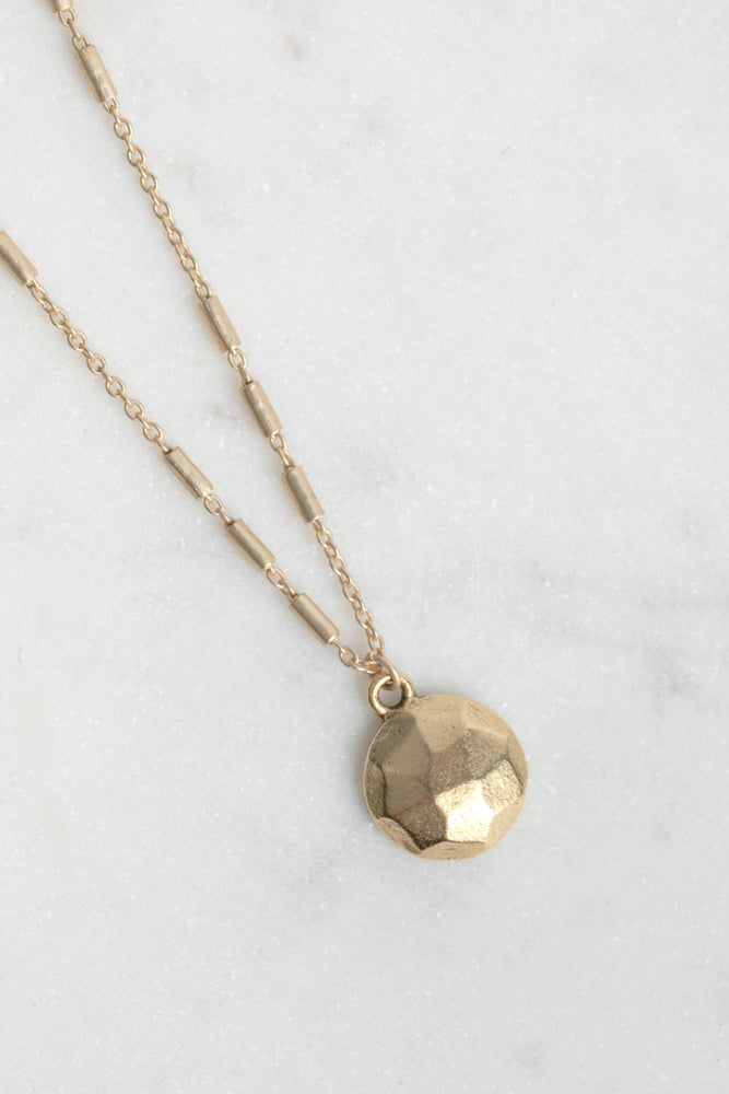 Dara Dot Disc Necklace