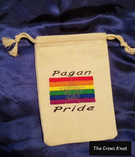 Load image into Gallery viewer, Pagan Pride Tarot Bag with Pentacle - The Crows Knot