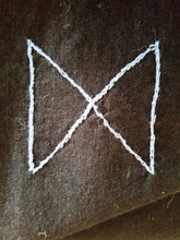 Load image into Gallery viewer, Elder Futhark Rune Altar Cloth - The Crows Knot