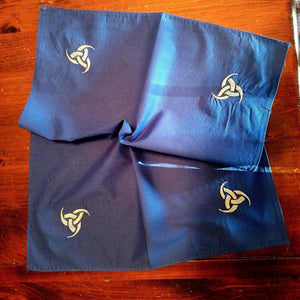 Blue/Silver Triple Horn Altar Cloth - The Crows Knot