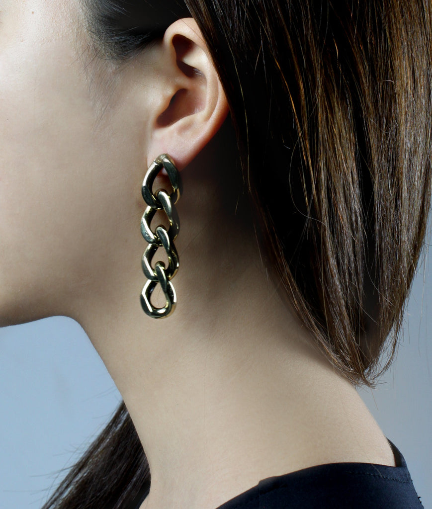 CHAIN MY SOUL Chain Earrings  (Gold)