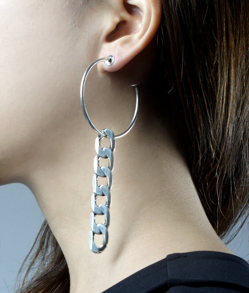NAOMI Hoop Chain Earrings (Silver)