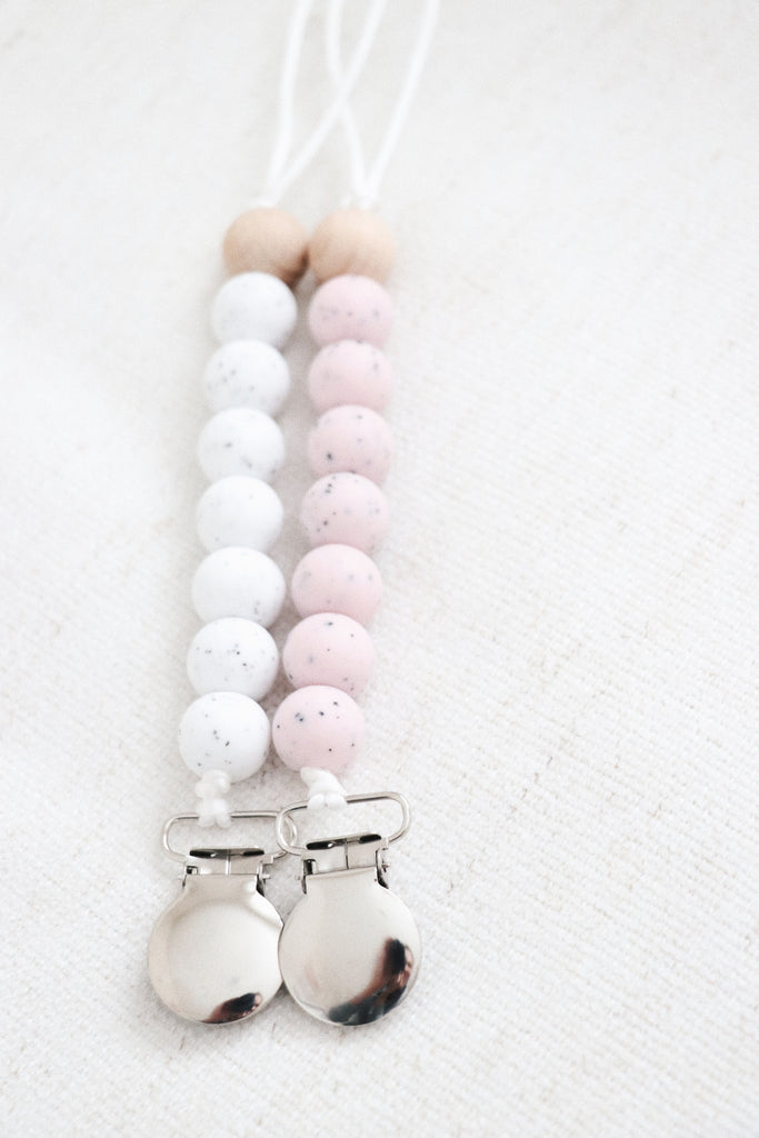 COOKIES & CREAM PACIFIER CLIP