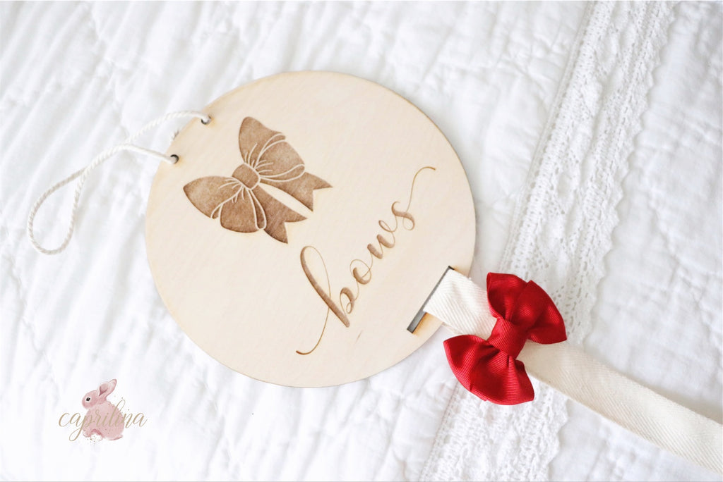 BOW HOLDER WOODEN PLAQUE