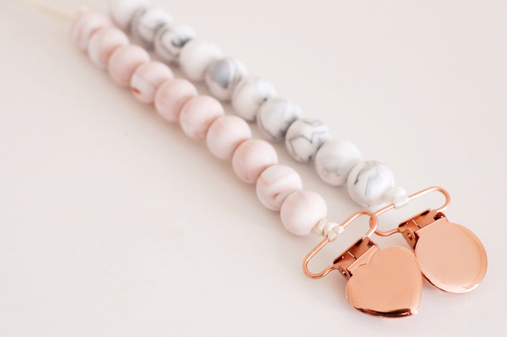 MARBLE  & ROSE GOLD PACIFIER CLIP