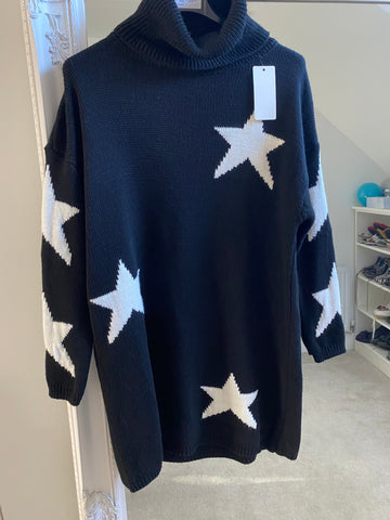 Star Roll Neck