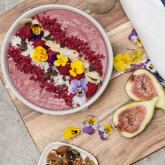 vegan-berry-coconut-smoothie-bowl