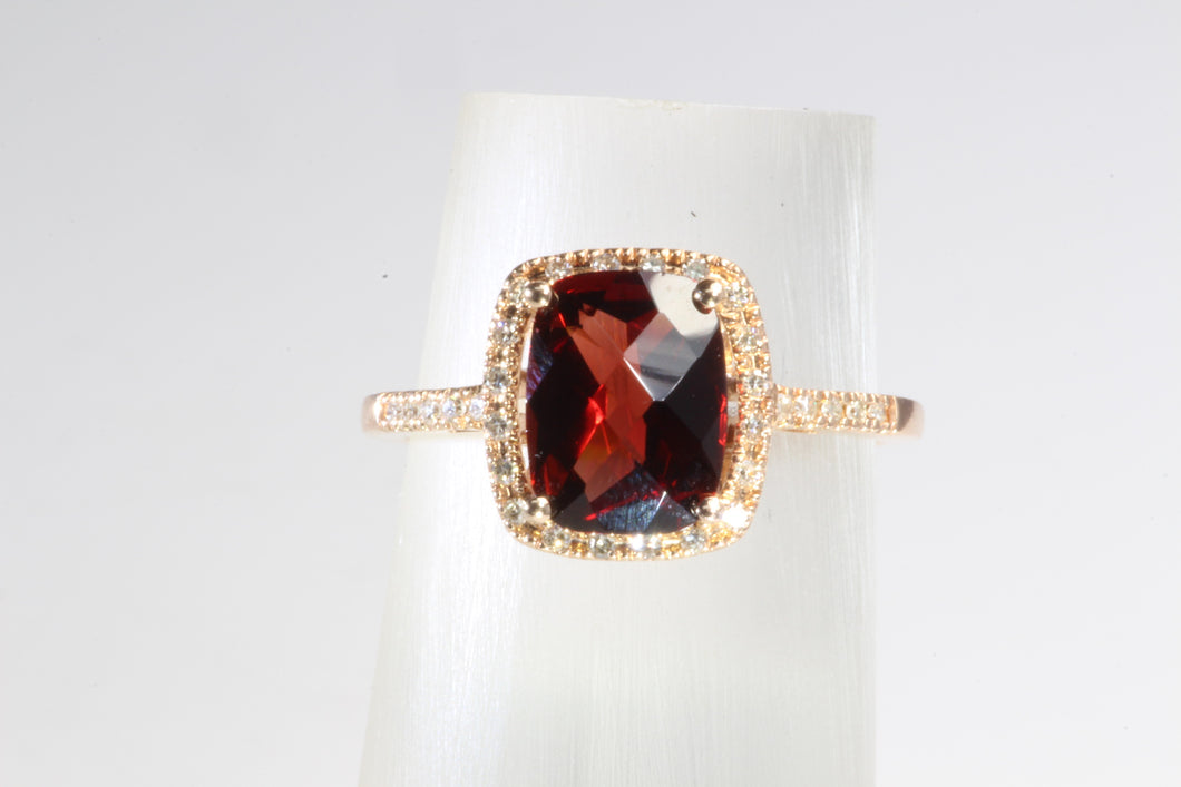 14K ROSE GOLD GARNET DIAMOND RING SIZE 6.5