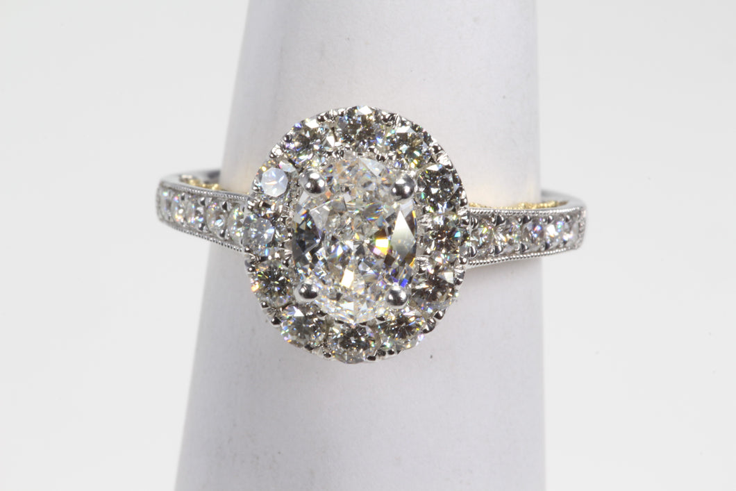 18K GOLD 1.66ctw GIA CERTIFIED OVAL SI2 COLOR E DIAMOND ENGAGEMENT RING