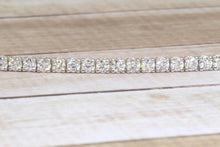 "Load image into Gallery viewer, 14K WHITE GOLD LAB GROWN 2.21ctw DIAMOND TENNIS 7"" BRACELET"