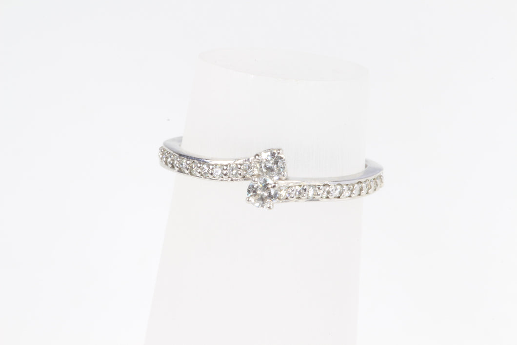 14K WHITE GOLD .25ctw DIAMOND BYPASS RING