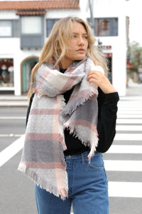 ROSE & LIGHT GREY FLANNEL FRAYED EDGE BLANKET SCARF