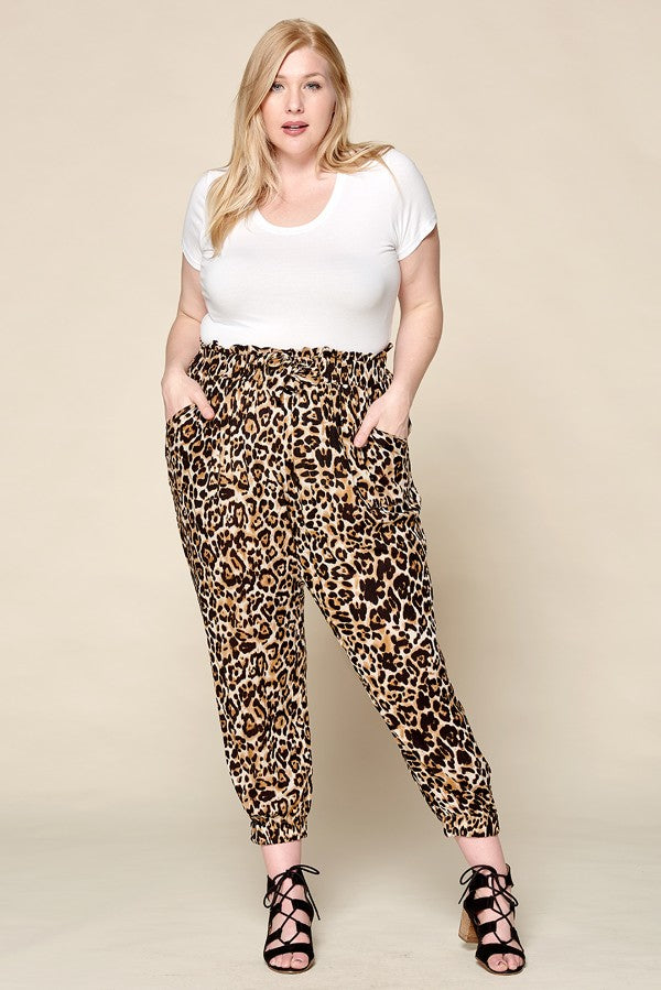 LEOPARD RUFFLED WAIST CROPPED PANTS