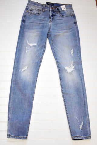 JUDY BLUE LINING PATCHED DESTROY SKINNY JEANS (82136)