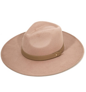 TAN WIDE BRIM FELT HAT