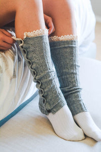 LIGHT GREY BOOT SOCK WITH LACE DETAIL