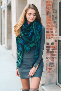 GREEN & NAVY FLANNEL FRAYED EDGE BLANKET SCARF