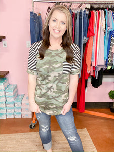 CAMO WITH STRIPED SLEEVE DETAIL