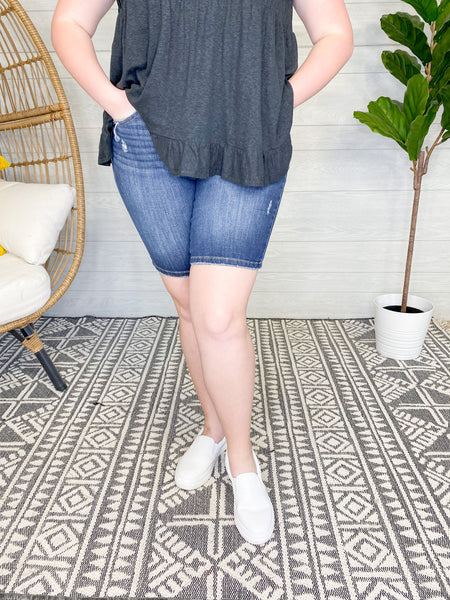 "JUDY BLUE ""PLAYING IT SAFE"" RELAXED BERMUDA SHORTS [182132]"