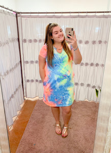 NEON TIE-DYE DRESS WITH CUTOUT DETAIL AND POCKETS