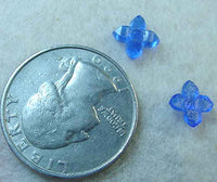 #176 - 7mm Glass Flower Stone, 6 Pieces