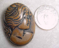#319b - 40x30mm Molded Cameo, Brown
