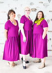 Plus-size dress with pockets in heavy purple cotton