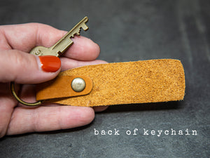 Mom of Girls leather keychain - Kingfolk Co