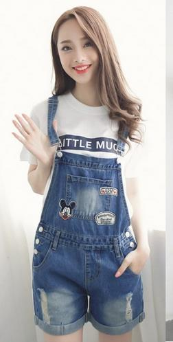 2020 new spring large loose slim casual denim overalls shorts female Korean hot pants Siamese students hot short