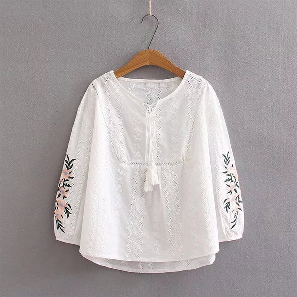 4 Xl Floral O-Neck Embroidery Shirts Long Sleeve Lace Up Plus Size Cotton Blouses Tassel Puff Sleeve Ethnic Blouses