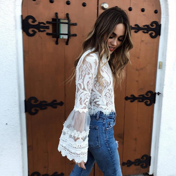 New Fashion Summer bell sleeve laced crop tops sexy&Club Flar Sleeve o-neck white blouses ladies casual shirts