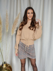 Lace up sweater camel