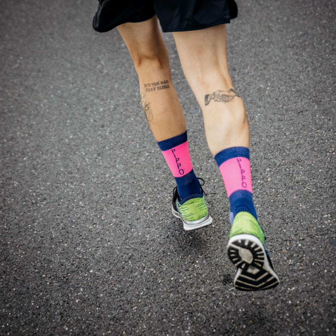 PIPPO - Triathlon Performance Socks Pink Bars