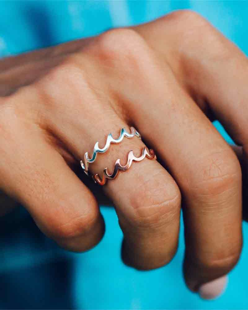 Wave Band Ring
