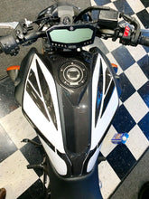 Load image into Gallery viewer, Real carbon fiber Fit Yamaha MT07 MT-07 2018  tank air cover pad Trim modd